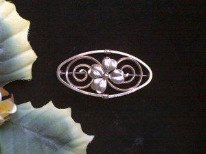Gorgeous DIANA 2 Tone Golden 4 Leaf Clover Brooch