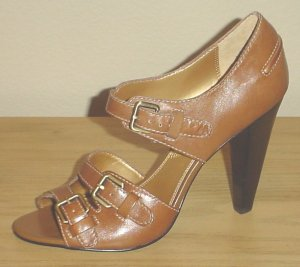 TAHARI HEELS Darryl Buckle Sandals 8.5 MOCHA BROWN Leather Shoes