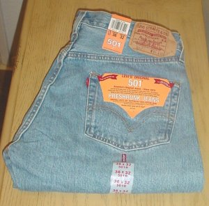 Mens LEVI'S 501 JEANS Button Fly Pre-Shrunk 36x32 STONEWASH DENIM
