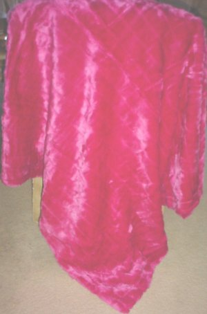 NWT FAUX MINK FUR THROW Blanket 50x60 Reverses to Suede PINK Home Decor