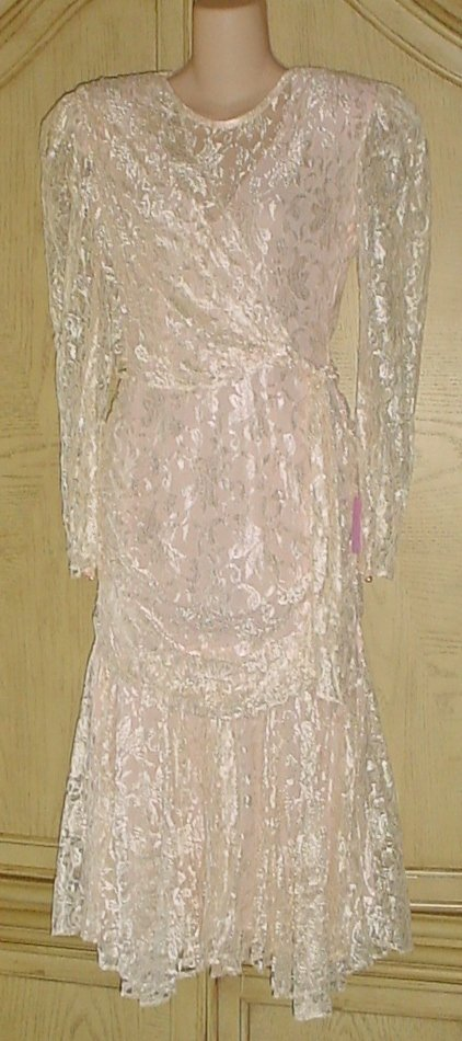 Ladies FORMAL LACE DRESS Size 3/4 SEASHELL PINK Lined Ladies Party, Special Occasion
