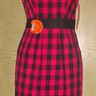 New BETSEY JOHNSON DRESS Misses Fitted Sheath SIZE 4 PINK/BLACK Plaid with Removable Flower Pin