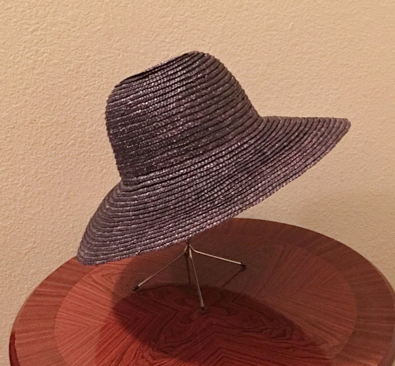 NWT Ladies STRAW HAT Wide Brim Sun Shade BLACK One Size Fits All