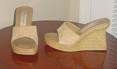 Ladies PLATFORM SLIDES  Cork Heel Shoes SIZE 7.5 NUDE TAN Suede Sandals