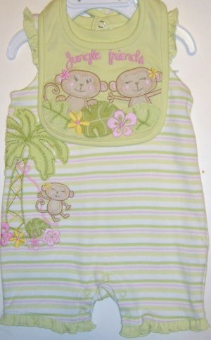 SONOMA GIRLS ROMPER AND BIB SIZE 0-3 MONTHS