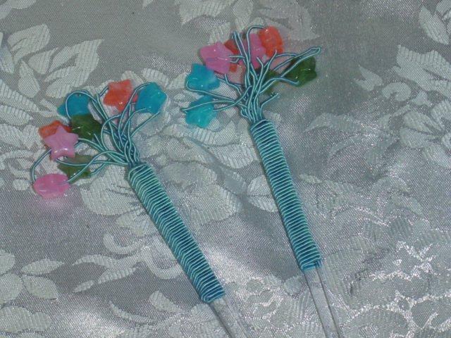 Pair~Dazzling Star beaded dangle hair jewerly sticks- hair chop sticks