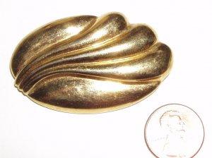 VINTAGE PIN BROOCH Monet Signed Golden Oval Swirls