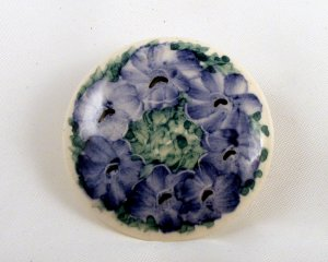VINTAGE PIN BROOCH Ceramic Blue Flowers Circl Porcelain