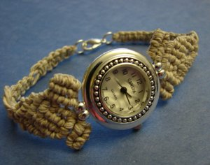 Natural woman macrame hemp bracelet round  Geneva watches
