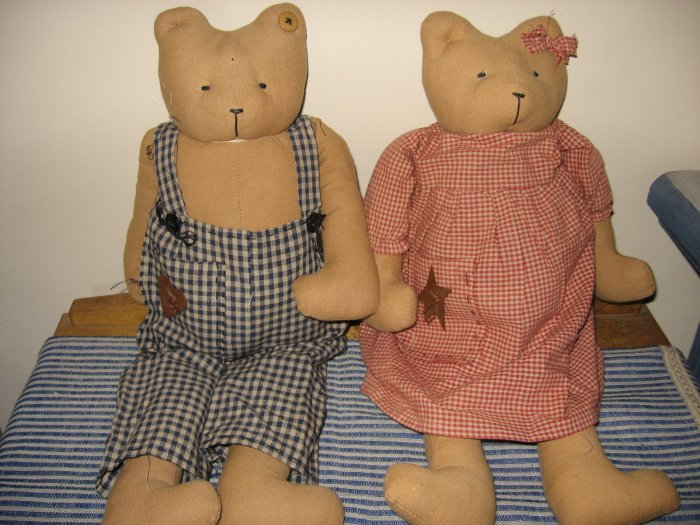 CUTE COUNTRY BOY AND GIRL BEAR SET NEW PERFECT CONDITION