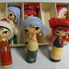 Wood Nodder Dolls Set - En Bois Poupees