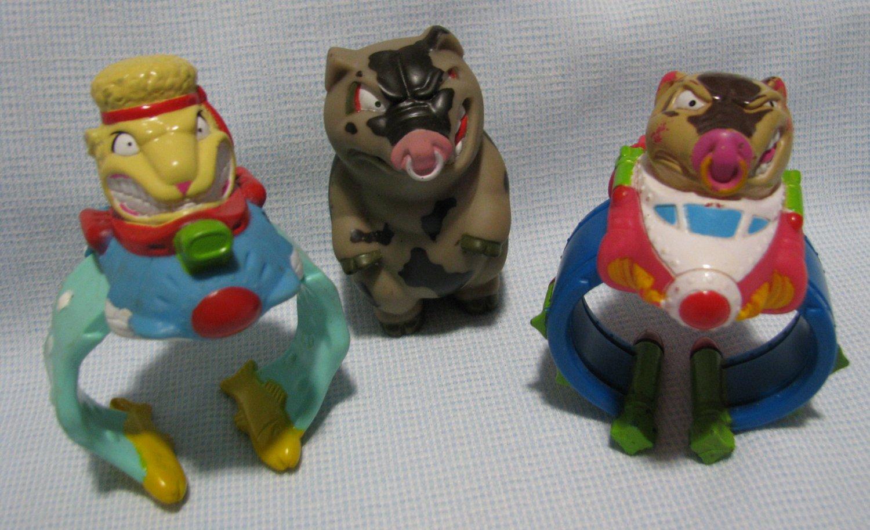 Barnyard Commandos COMMANDO CUFFS Toys Burger King: www.ecrater.com/p/22056423/barnyard-commandos-commando-cuffs-toys