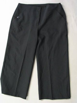 A Byer Black Cropped Capris Sz 5
