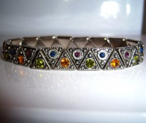 Marcasite Colored Crystals in Triangle Stretch Bracelet