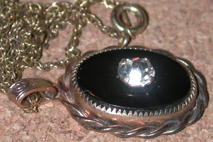 Gold Filled GF Vintage Necklace Pendant Charm Black onyx Classic Design