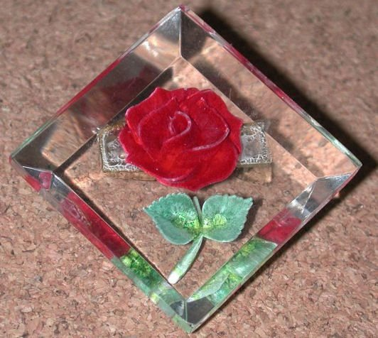 Reverse Carved Lucite plastic Pin Red Rose Flower vintage FREE SHIPPING DISCOUNT AVAILABLE
