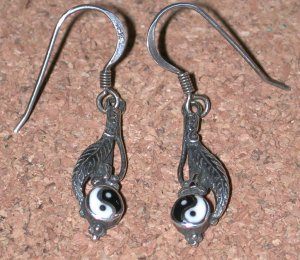 Ying Yang enamel vintage Sterling silver Earrings