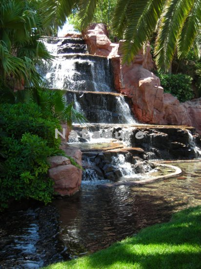 Waterfall 16x20