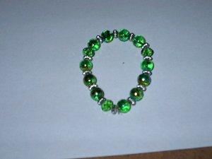 Green Metalic Glass Bead Stretch Bracelet