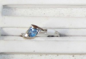Light Blue Petite Stone Stainless Steel Ring 6 New