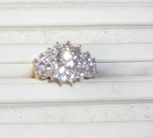 Beautiful CZ Custer Ring Size 5 NEw