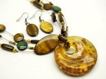 Brown Glass 18 Inch Necklace Set With Earrings