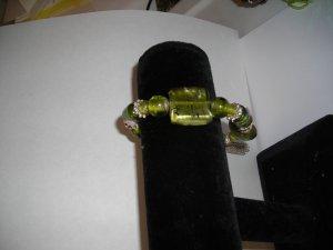 Green Glass Bead Stretch Bracelet