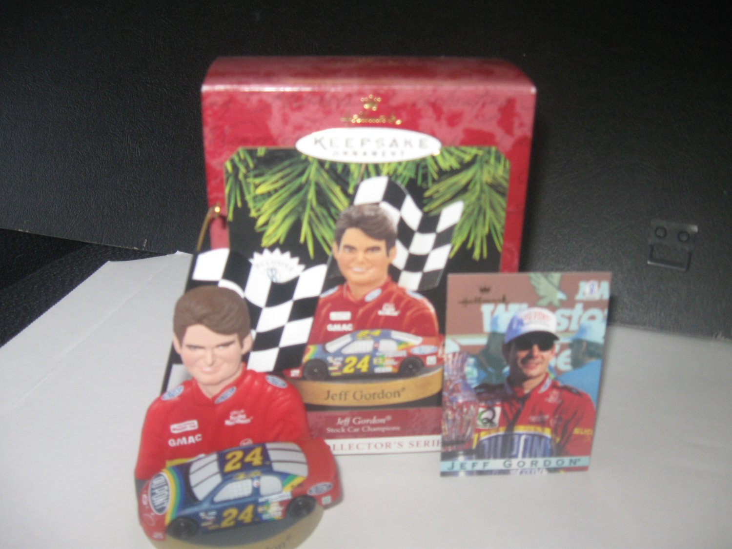 Hallmark Jeff Gordon Keepsake ornament with Trading Card