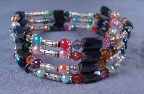 Magnetic wrap bracelet or necklace