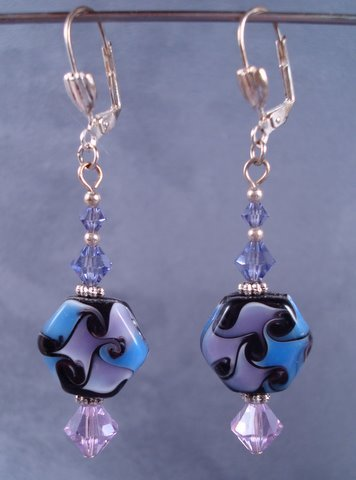Amazing lampwork patterned beads