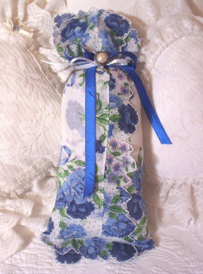 Shabby Chic - Vintage Hankie - Lavender Sachet - Sachets - Scented Gift Ideas - DB