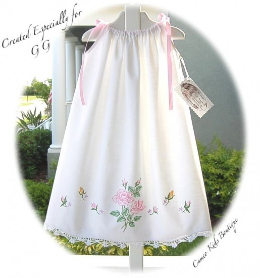 MaryMargret - Vintage Pillowcase Dress - Beautiful Little Girls Summer Frocks