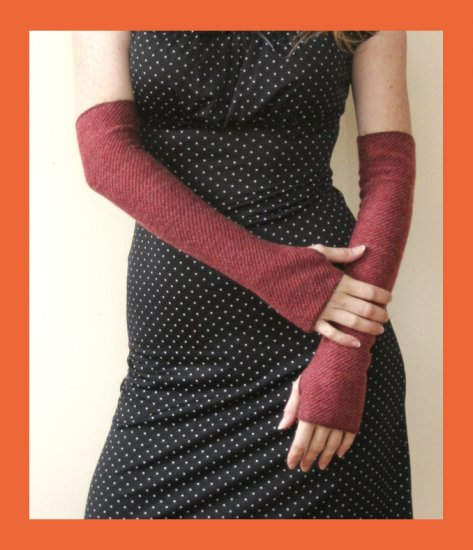 PAPAYA Great Reddish Knit Arm Warmers- Fits all