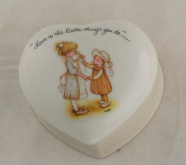 "Holly Hobbie Heart Porcelain Box""Love is Little Things"""