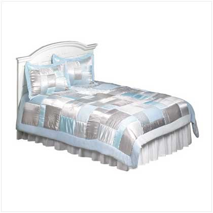 #37725 3pc Queen Comforter Set