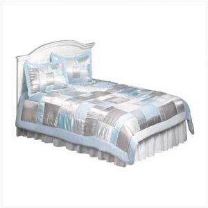 #37725 3pc Queen Comforter Set