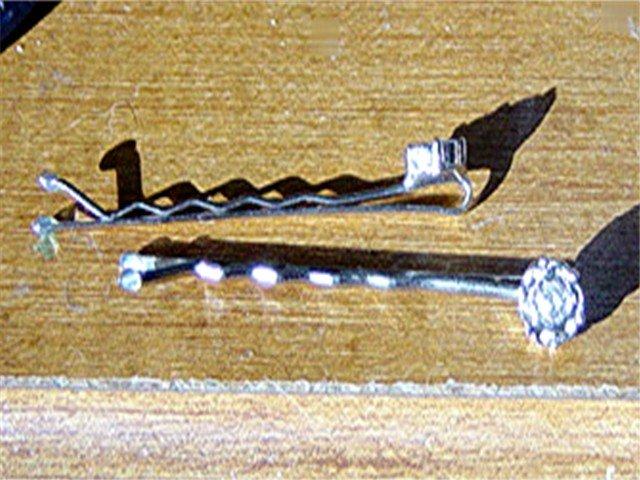 Pair of Two Silver Hair Pins Rhinestone Flowers #900077