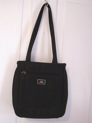 Woman's Black Handbag NB New York  #900196