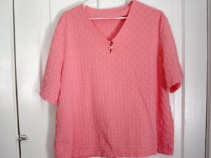 Coral V-Neck Summer Woman's Top Blouse Size 1X  #900452