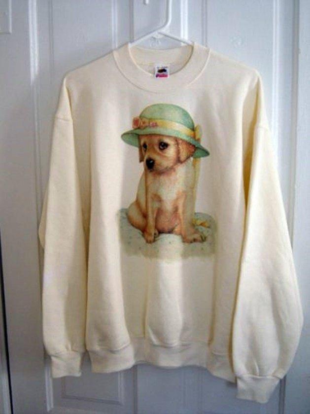 Woman's Cream Fruit of the Loom Puppy Dog Sweatshirt Size L  #900002