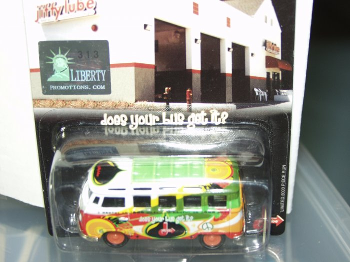 Johnny Lightning Liberty Promotions Jiffy Lube '66 VW 23 window Samba Bus