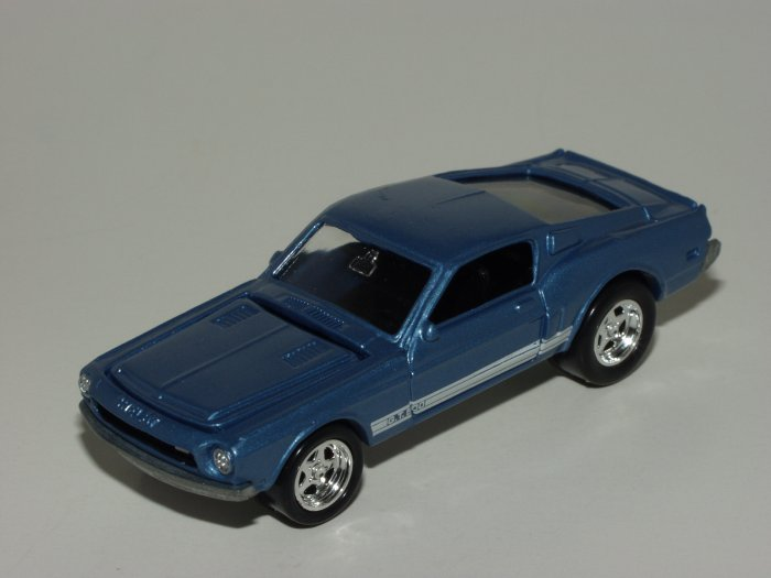 Loose Johnny Lightning K-B Toys Exclusive Shelby GT-500 Loose