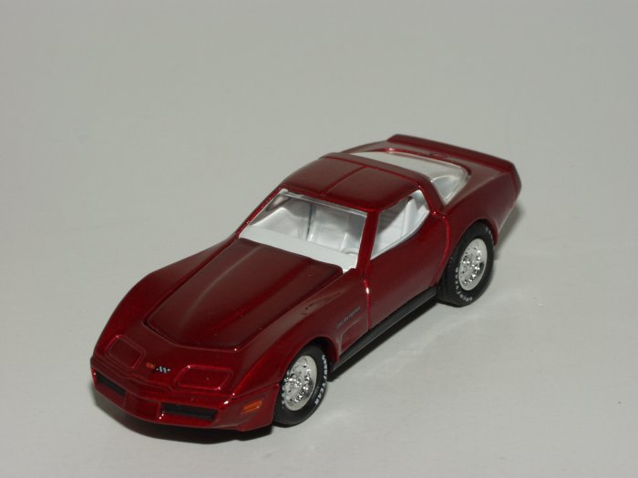 Hot wheels 2003 100% Black Box 1982 Corvette Dark Red 1/64 Scale Loose