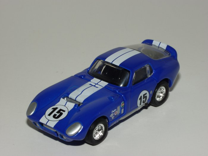 Hot wheels 2002 100% Black Box 1965 Shelby Cobra Daytona Coupe Blue 1/64 Scale Loose