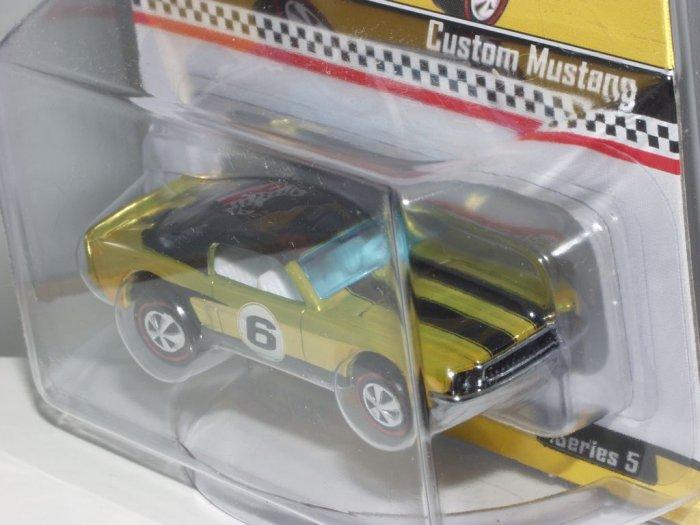 2006 Hot Wheels Club Series 5 Neo-Classics Custom Mustang...Spectroflame Antifreeze