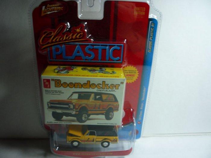 Johnny Lightning Classic Plastic '69 Chevy Blazer �Boondocker�