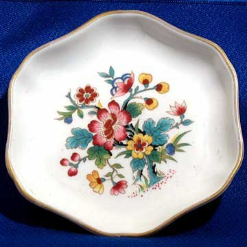 Set of Coalport Bone China Ming Rose Bone China Floral Pattern Trinket Dish and Salt Cellar