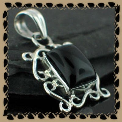 Beautiful Vintage Style Black Onyx Pendant