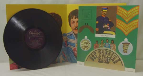 Beatles Sgt. Peppers Lonely Hearts Club Band (LP)