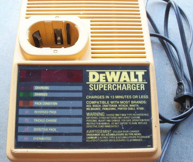 DW9090 Dewalt SUPERCHARGER Battery Charger